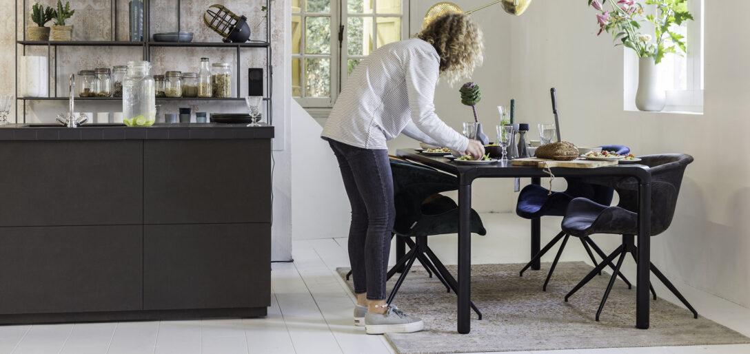 Large Size of Esstisch Teppich Ode An Den Zuiver Lampe Shabby Chic Holzplatte Altholz Skandinavisch Runde Esstische Lampen Schlafzimmer Rund Ausziehbar Weiß Esstische Esstisch Teppich
