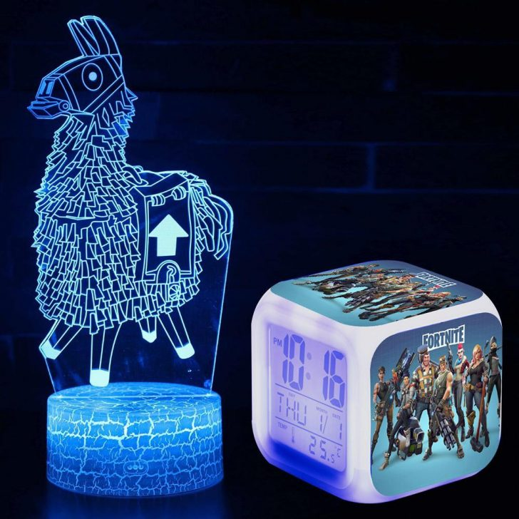Medium Size of Schlafzimmer Lampen Silig Fortnite Llama Viuelle Lampe Led Und Komplett Weiß Rauch Weiss Regal Landhausstil Esstisch Schimmel Im Deckenleuchten Betten Set Wohnzimmer Schlafzimmer Lampen