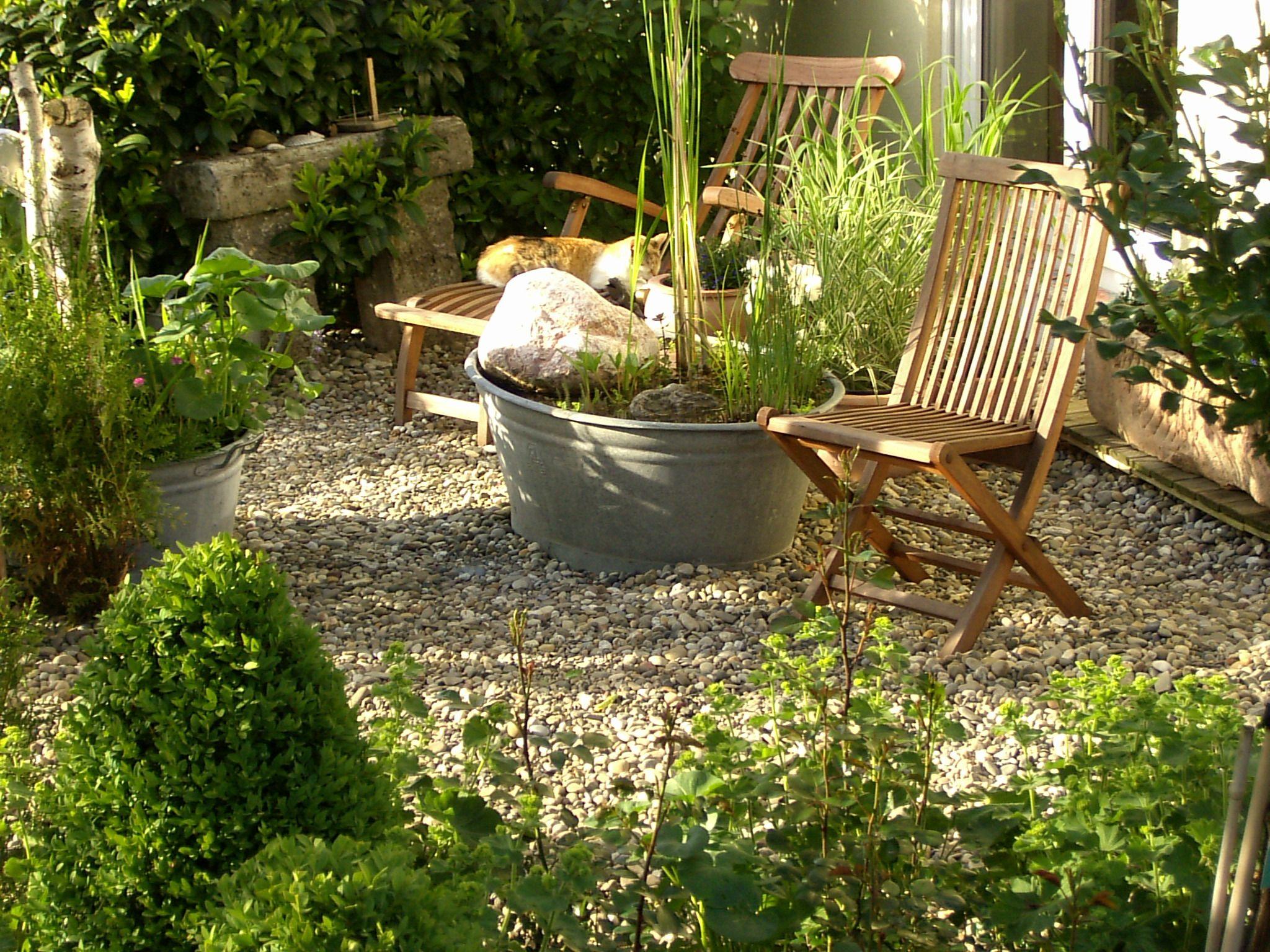 Full Size of Sitzplatz April Sitzecken Sauna Trennwand Schaukel Für Pergola Rattan Sofa Sitzbank Jacuzzi Holzhaus Kind Spielanlage Relaxsessel Lounge Möbel Kletterturm Wohnzimmer Sitzplatz Garten