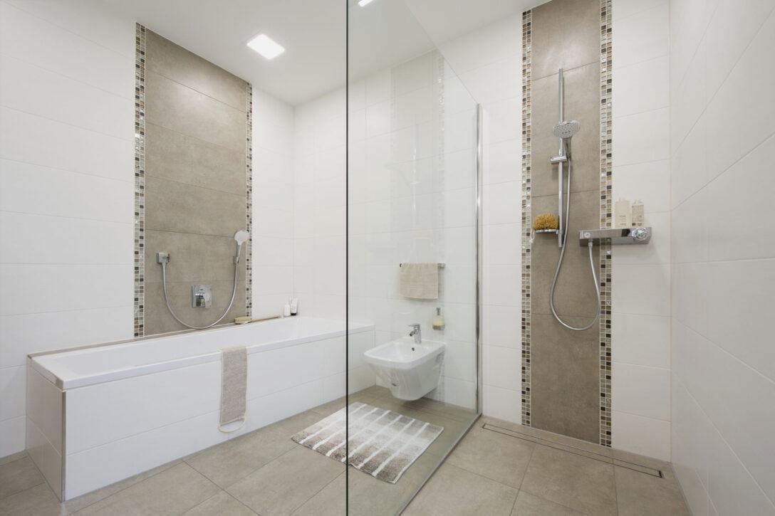 Large Size of Ebenerdige Dusche Kosten Moderne Duschen Begehbare Fliesen Kaufen Nischentür Komplett Set Fenster Austauschen Hüppe Ikea Küche Badewanne Schulte Dusche Ebenerdige Dusche Kosten