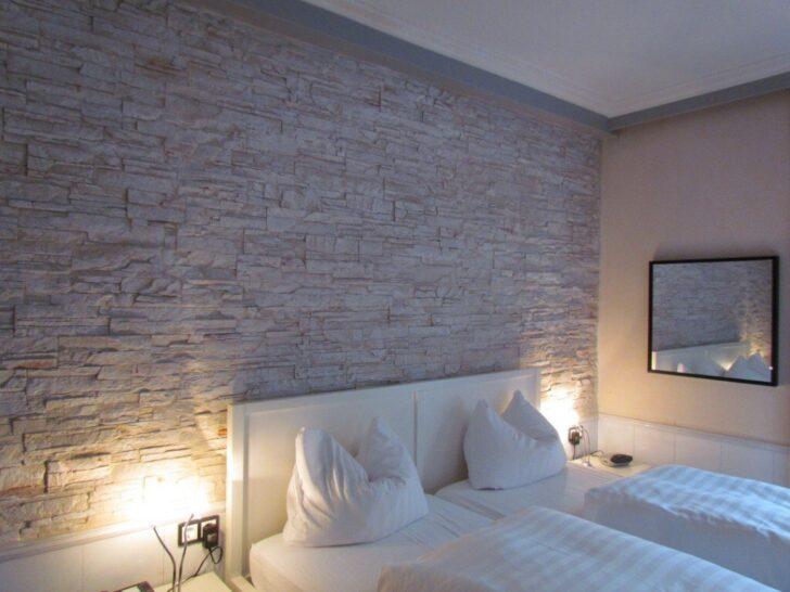 Medium Size of Wanddeko Schlafzimmer Wandgestaltung Dachschrage Stuhl Landhaus Set Mit Boxspringbett Komplett Weiß Loddenkemper Deckenleuchte Massivholz Günstig überbau Wohnzimmer Wanddeko Schlafzimmer
