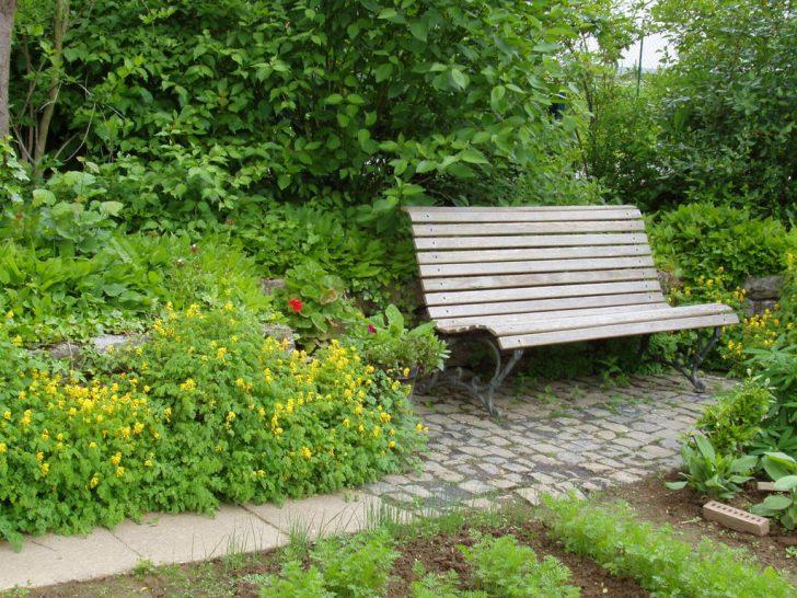Medium Size of Sitzplatz Garten Sitsplatz Beispiele Bro Fr Gartenarchitektur Fußballtore Klapptisch Spielanlage Sichtschutz Wpc Pavillon Kinderhaus Holzhaus Kind Wohnzimmer Sitzplatz Garten
