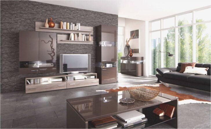 Medium Size of Wohnzimmer Eiche Rustikal Modernisieren Dekoration Modern Holz Ideen Luxus Bilder Mit Kamin Dekorieren Streichen Einrichten Grau Gestalten Altes Fensterbank Wohnzimmer Wohnzimmer Modern
