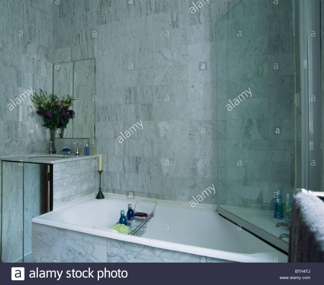 Large Size of Glastür Dusche Glastr Ber Badewanne Im Modernen Marmor Geflieste 90x90 Einhebelmischer Bodengleiche Nachträglich Einbauen Grohe Thermostat Hüppe Duschen Dusche Glastür Dusche