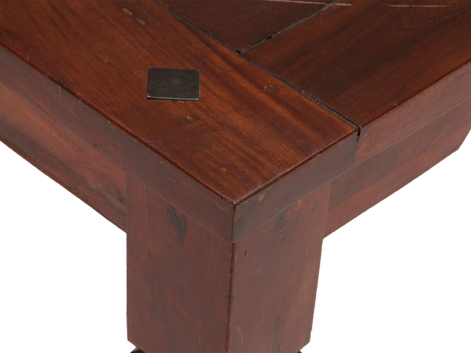 Full Size of Esstisch Kolonialstil Quadratisch Zuhause Vintage Bett Stühle Beton Rund Mit Stühlen Und Esstische Holz Pendelleuchte Deckenlampe Massiv Ovaler Ausziehbar Esstische Esstisch Kolonialstil