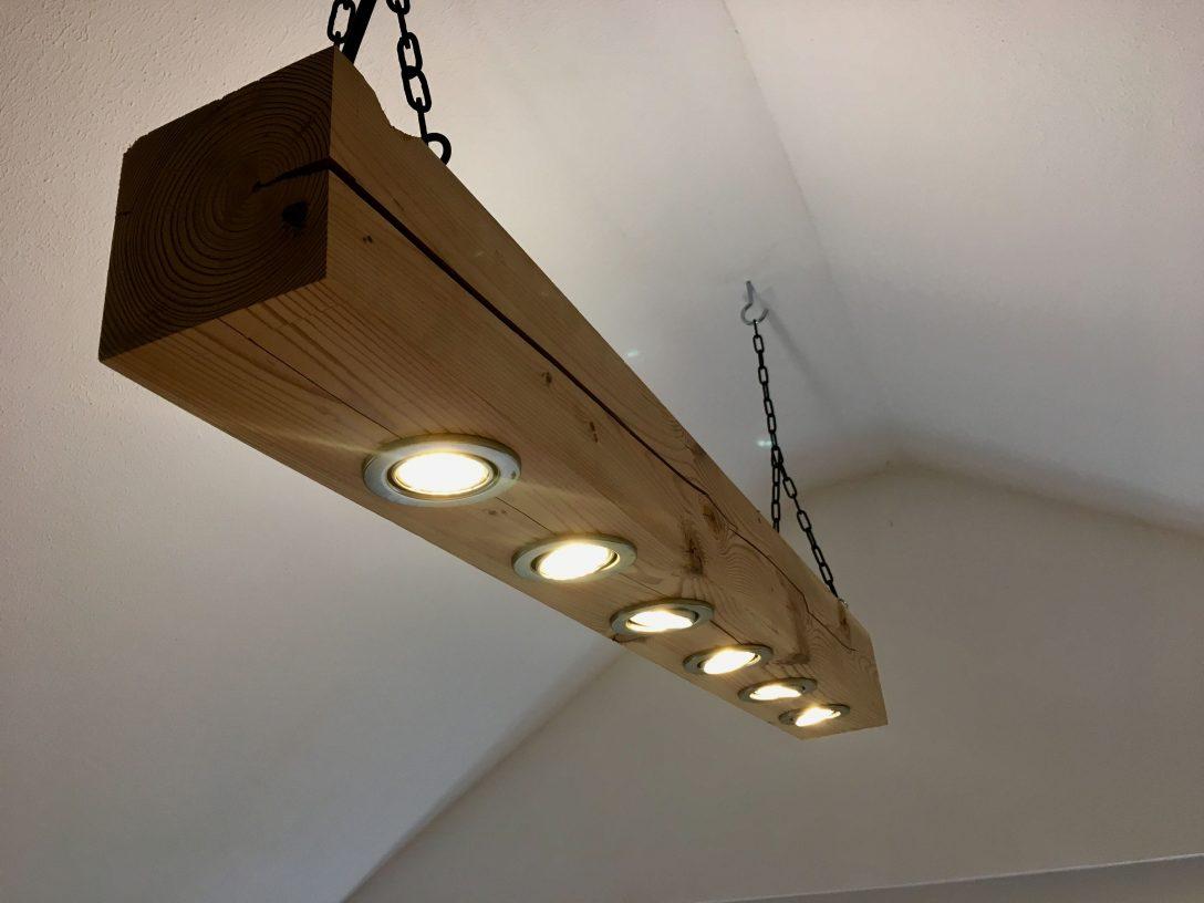 Large Size of Holzlampe Decke Im Bad Deckenleuchte Küche Deckenlampe Esstisch Wohnzimmer Deckenleuchten Led Badezimmer Decken Schlafzimmer Modern Deckenlampen Tagesdecken Wohnzimmer Holzlampe Decke