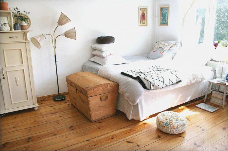 Medium Size of Romantische Dekoration Schlafzimmer Traumhaus Weiss Set Klimagerät Für Günstig Kommode Mit überbau Sessel Lampen Schranksysteme Wandleuchte Stuhl Regal Wohnzimmer Dekoration Schlafzimmer