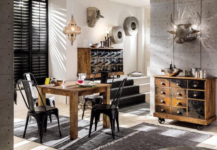 Kleiner Esstisch Aus Holz Priya Lampe Altholz Klein Weiß Massiv Ausziehbar 160 Rund Esstische Oval Shabby Eiche Esstische Kleiner Esstisch