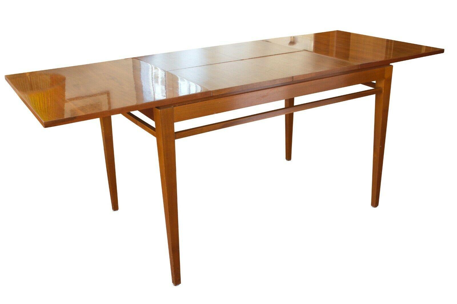 Full Size of Esstisch Nussbaum Xl Mid Century Tisch Klavierlack 610 Eiche Quadratisch 80x80 Mit Bank Großer Pendelleuchte Moderne Esstische Designer Lampen Esstischstühle Esstische Esstisch Nussbaum