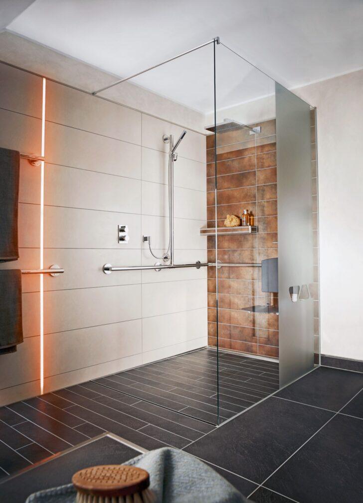 Medium Size of Dusche Bodengleich Glaswand Komplett Set Bodengleiche Fliesen Sprinz Duschen Ebenerdige Kosten Thermostat Mischbatterie Badewanne Begehbare Breuer Dusche Dusche Bodengleich
