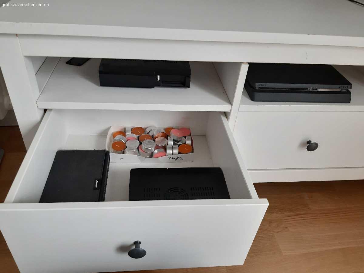 Full Size of Ikea Sideboard Weiss Hemnes Modell Mbel Gratis Zu Verschenken Miniküche Küche Mit Arbeitsplatte Kosten Kaufen Betten 160x200 Bei Sofa Schlaffunktion Wohnzimmer Ikea Sideboard