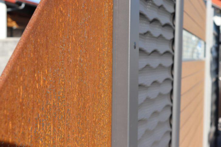 Medium Size of Sichtschutz Rostoptik Steinpark Mauerberger Garten Für Fenster Bett 160x200 Mit Lattenrost 120x200 Matratze Und 140x200 Sichtschutzfolie Holz Betten Wpc Im Wohnzimmer Sichtschutz Rost