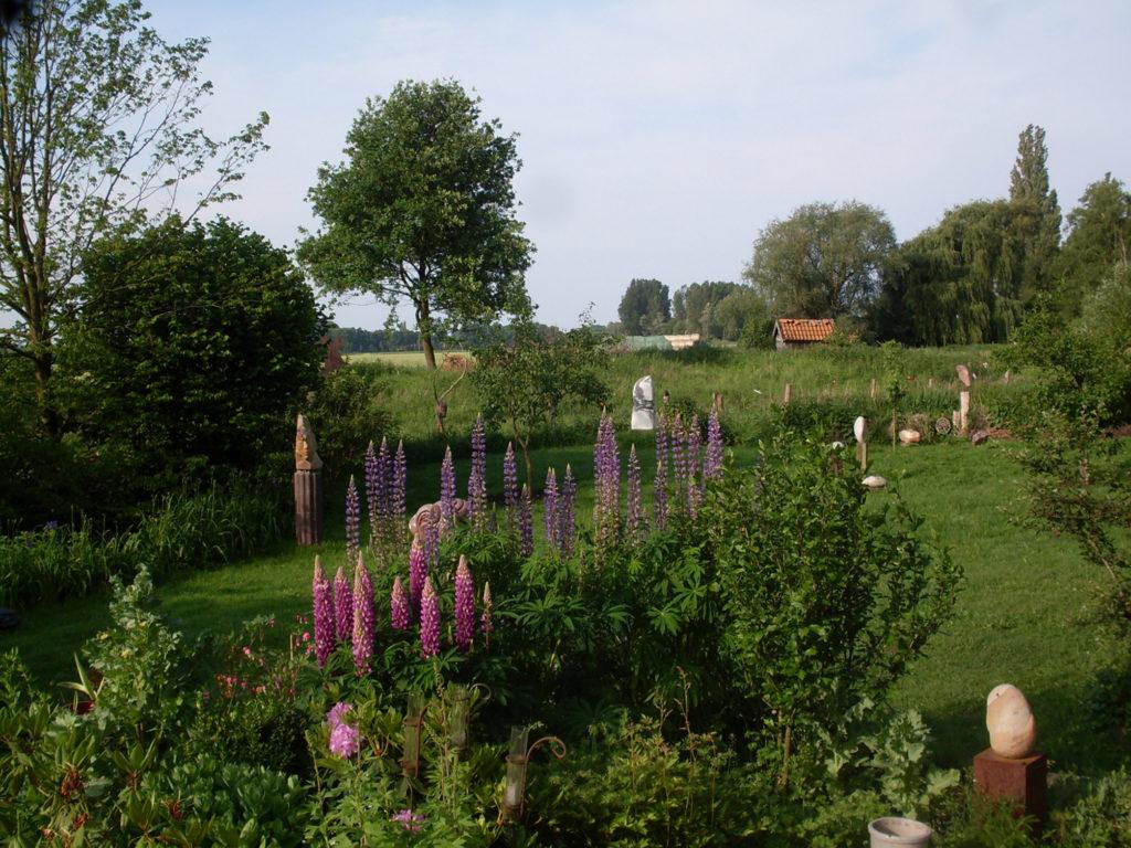 Full Size of Skulpturen Garten Atelier Im Malgarten Holzhaus Kind Wellnessurlaub Baden Württemberg Feuerschale Bodenbelag Bad Bodenebene Dusche Schlafzimmer Kommoden Wohnzimmer Skulpturen Für Den Garten