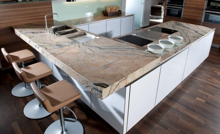 Arbeitsplatte Mit Theke Miniküche Einbauküche Selber Bauen Single Küche Granitplatten Landhausküche Regal Türen Winkel Wandpaneel Glas Schreibtisch Wohnzimmer Küche Mit Bar