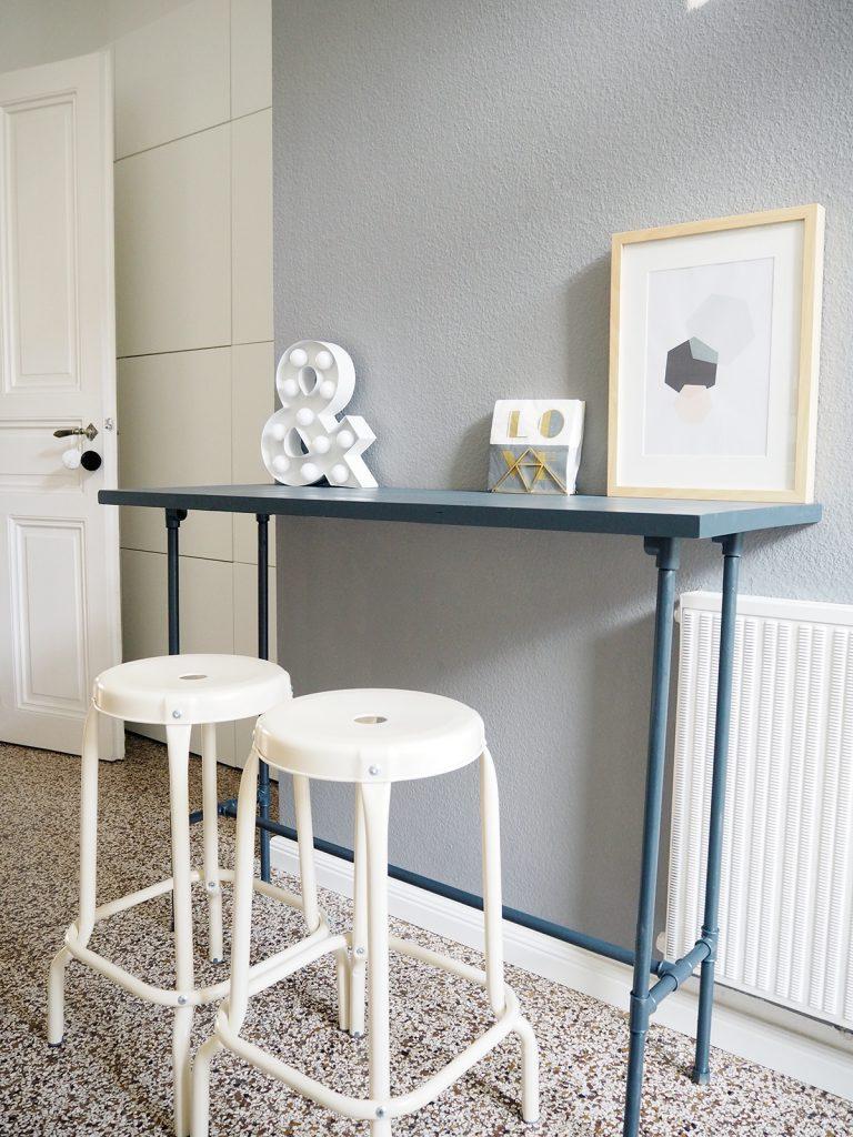 Full Size of Bartisch Ikea Diy Aus Installationsrohren Küche Kaufen Sofa Mit Schlaffunktion Miniküche Kosten Betten 160x200 Modulküche Bei Wohnzimmer Bartisch Ikea