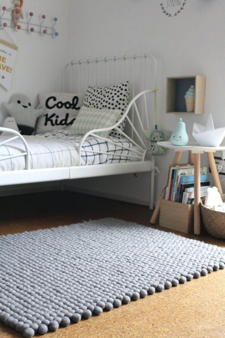 Medium Size of Diesen Wunderschnen Filzkugelteppich Haben Wir Jetzt Bereits Kinderzimmer Regal Weiß Regale Wohnzimmer Teppiche Sofa Kinderzimmer Kinderzimmer Teppiche