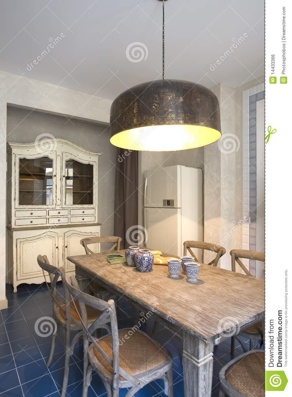 Full Size of Innenraum Einer Kche Mit Groer Lampe Stockfoto Bild Von Einhebelmischer Küche Für Wohnzimmer Geräten Thekentisch Stehlampe Schlafzimmer Billig Kaufen Ikea Wohnzimmer Lampe Küche