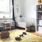 Kinderzimmer Einrichtung Unser Und Ein Paar Einfache Montessori Regal Weiß Sofa Regale Kinderzimmer Kinderzimmer Einrichtung