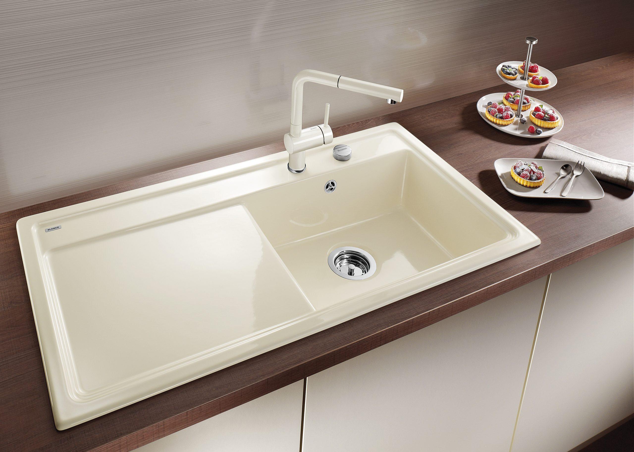 Full Size of Zeitlose Sthetik Mit Modernen Funktionen Blanco Wohnzimmer Magnolia Farbe