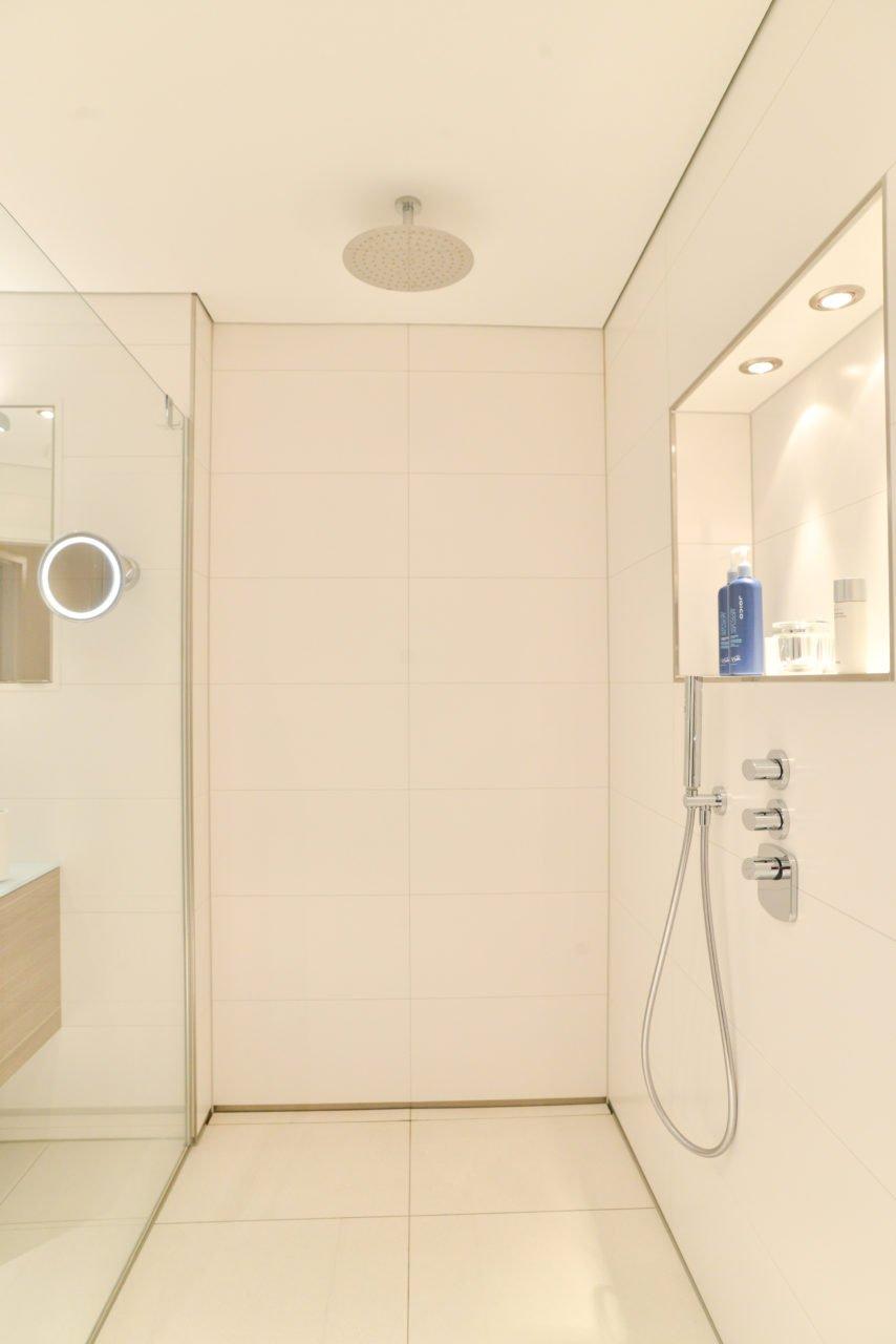 Full Size of Rainshower Dusche Komplett Set Eckeinstieg Bodenebene Badewanne Ebenerdige Kosten Begehbare Fliesen Bidet Duschen Barrierefreie Einhebelmischer Bodengleiche Dusche Rainshower Dusche