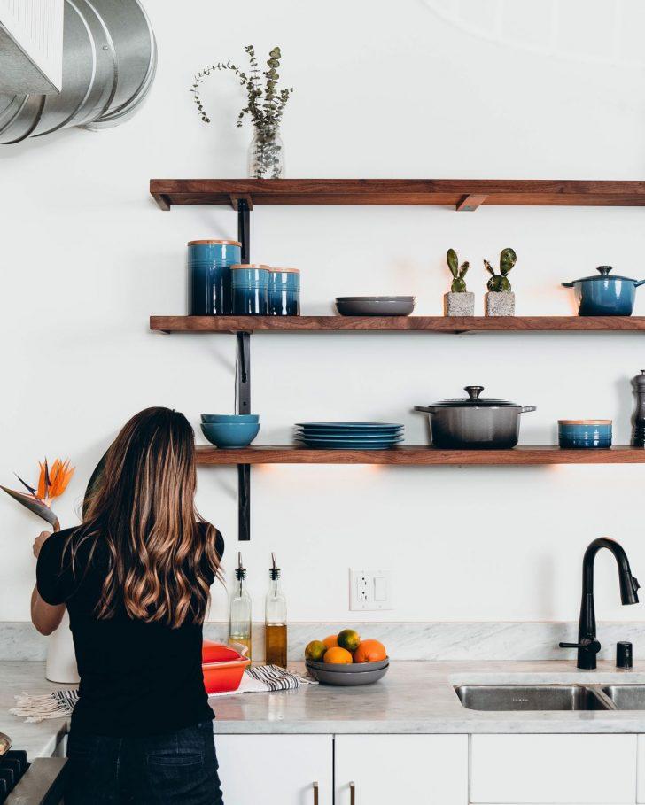 Medium Size of Küche Wandfarbe Kche Keramikfarbe Kchen Journal Anthrazit Jalousieschrank Was Kostet Eine Fliesenspiegel Selber Machen Wandfliesen Bartisch Günstig Mit Wohnzimmer Küche Wandfarbe
