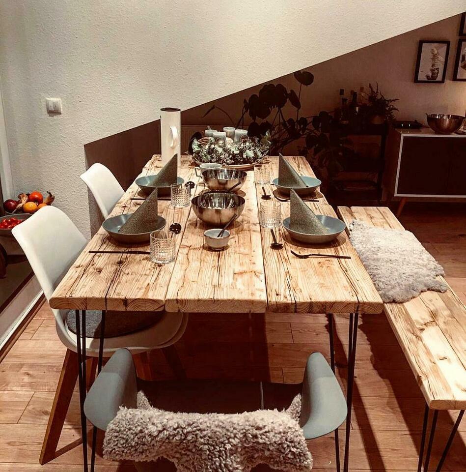 Full Size of Rustikaler Esstisch Tisch Industrial Bauholz Modern Altholz Holz Rustikal In Weiß Oval Mit 4 Stühlen Günstig 2m Baumkante Esstische Vintage Designer Rund Esstische Rustikaler Esstisch