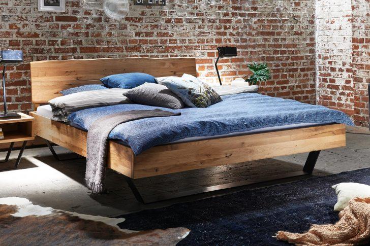 Medium Size of Bett Modern Leader Italienisches Design Puristisch Sleep Better Beyond Pillow 140x200 Tjoernbo Baumkante Mit Aufbewahrung Schlicht Betten Massivholz 180x200 Wohnzimmer Bett Modern