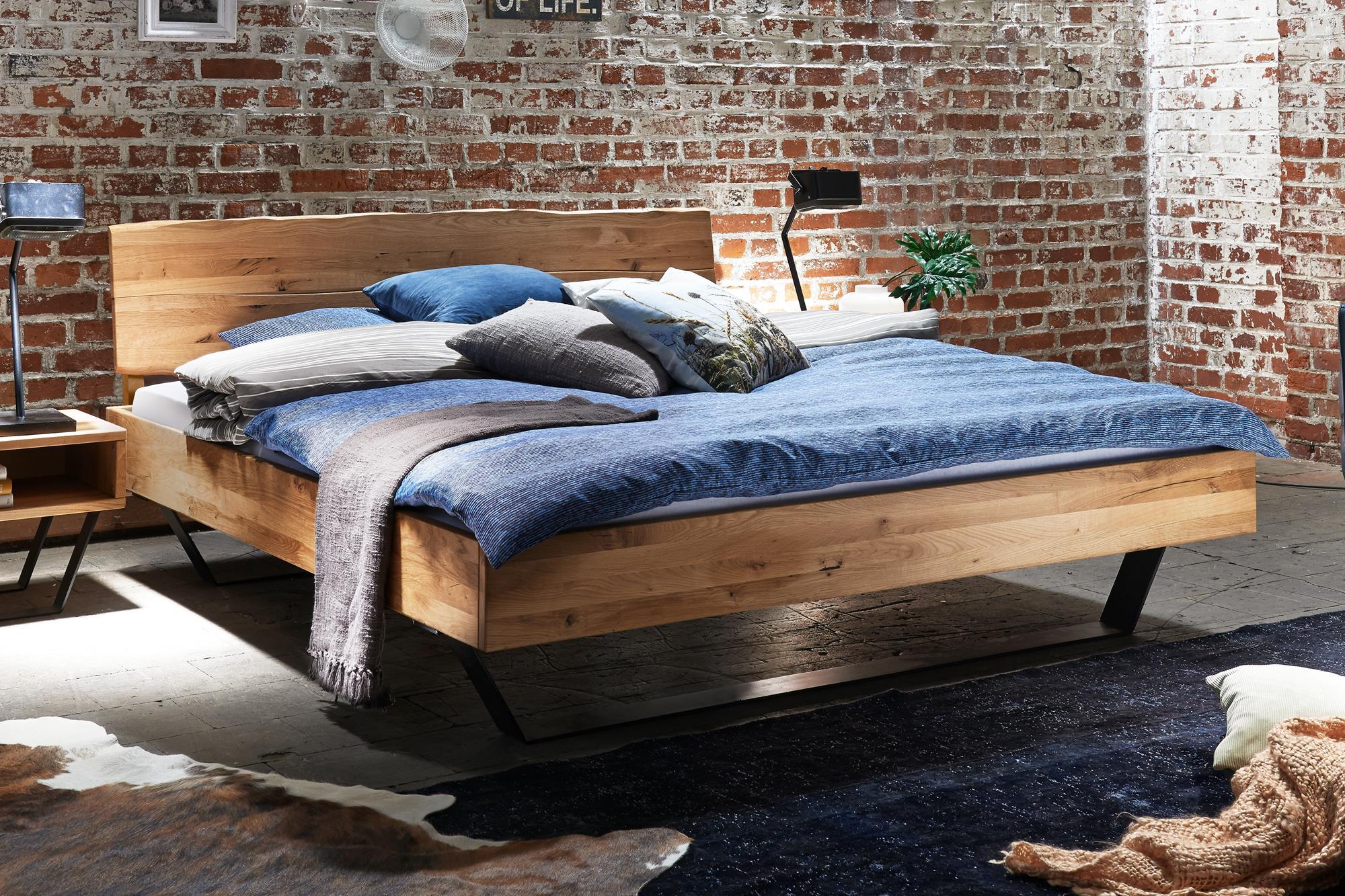 Full Size of Bett Modern Leader Italienisches Design Puristisch Sleep Better Beyond Pillow 140x200 Tjoernbo Baumkante Mit Aufbewahrung Schlicht Betten Massivholz 180x200 Wohnzimmer Bett Modern