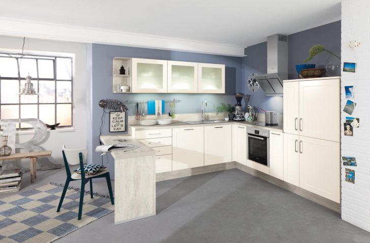 Offene Kche Mit Blauer Wand Stuhl Teppich Wandsc Sofa Elektrischer Sitztiefenverstellung Küche Billig Planen Kostenlos Gardinen Für Die Finanzieren Wohnzimmer Küche Mit Sitzbank