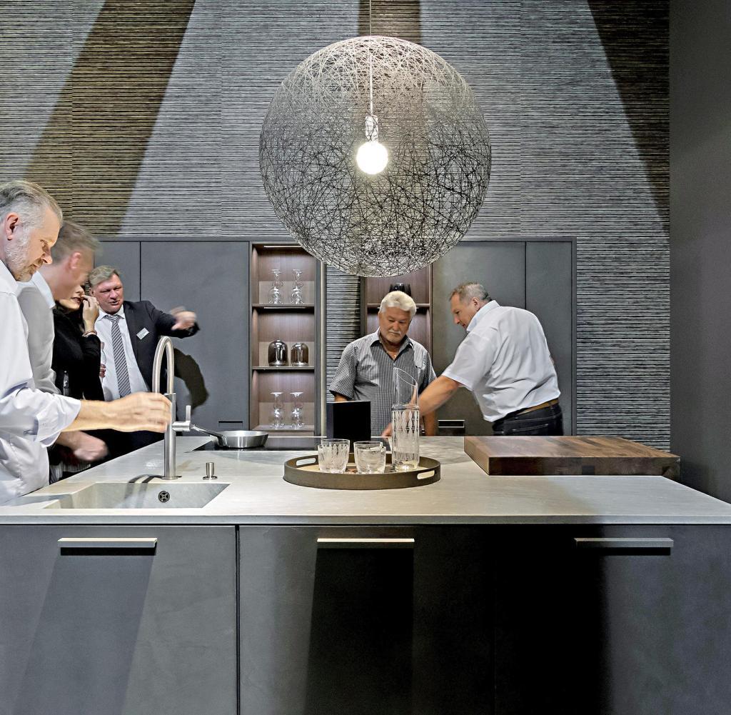 Full Size of Küchen Lange Wartezeiten Kche Hat Das Auto Als Statussymbol Regal Wohnzimmer Küchen