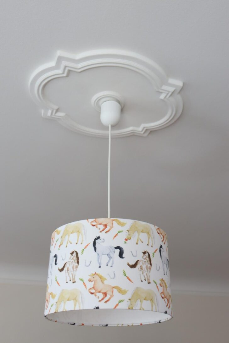 Medium Size of Lampe Kinderzimmer Lampenschirm Mdchen Kinderlampe Pferde Regal Weiß Regale Sofa Kinderzimmer Kinderzimmer Pferd