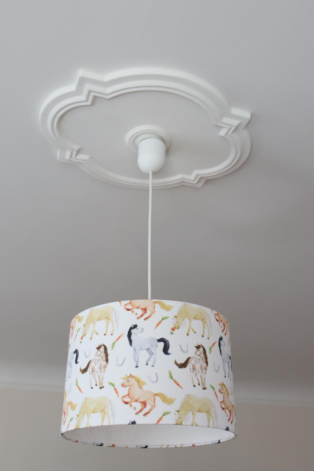 Full Size of Lampe Kinderzimmer Lampenschirm Mdchen Kinderlampe Pferde Regal Weiß Regale Sofa Kinderzimmer Kinderzimmer Pferd