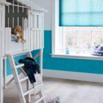 Plissee Kinderzimmer Kinderzimmer Felblauwe Plisse Shade In Kinderkamer Blauw Fris Trend Foto Regal Kinderzimmer Weiß Plissee Fenster Regale Sofa