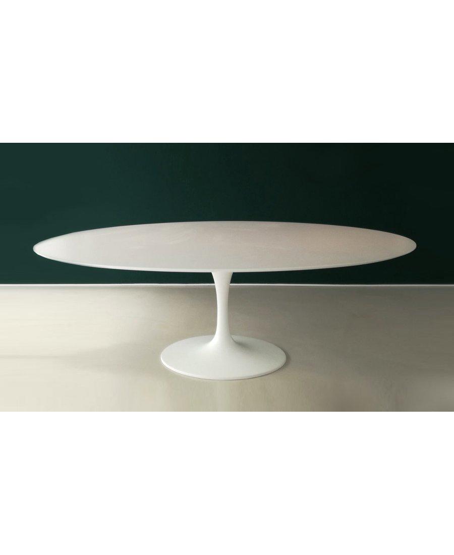 Full Size of Ovaler Tisch Weiss Schwarz Der Tischsockel Aus Aluminiumguss Offenes Regal Weiß Esstisch Beton Esstische Design Weißes Weiße Betten Designer Lampen Esstische Esstisch Oval Weiß