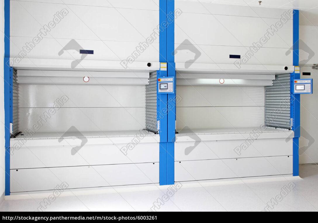 Large Size of Paternoster Regal Stockfoto 6003261 Panthermedia 30 Cm Breit Cd Hochglanz Weiß Bücher Holzregal Küche Regale Selber Bauen Kaufen Für Ordner Schmal 60 Tief Regal Paternoster Regal