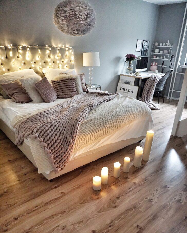 Medium Size of Schlafzimmer Deko Mit Kerzen Und Lichterkette Massivholz Günstig Romantische Landhausstil Weiss Schimmel Im Truhe Deckenleuchten Gardinen Weiß Lampe Wohnzimmer Schlafzimmer Deko