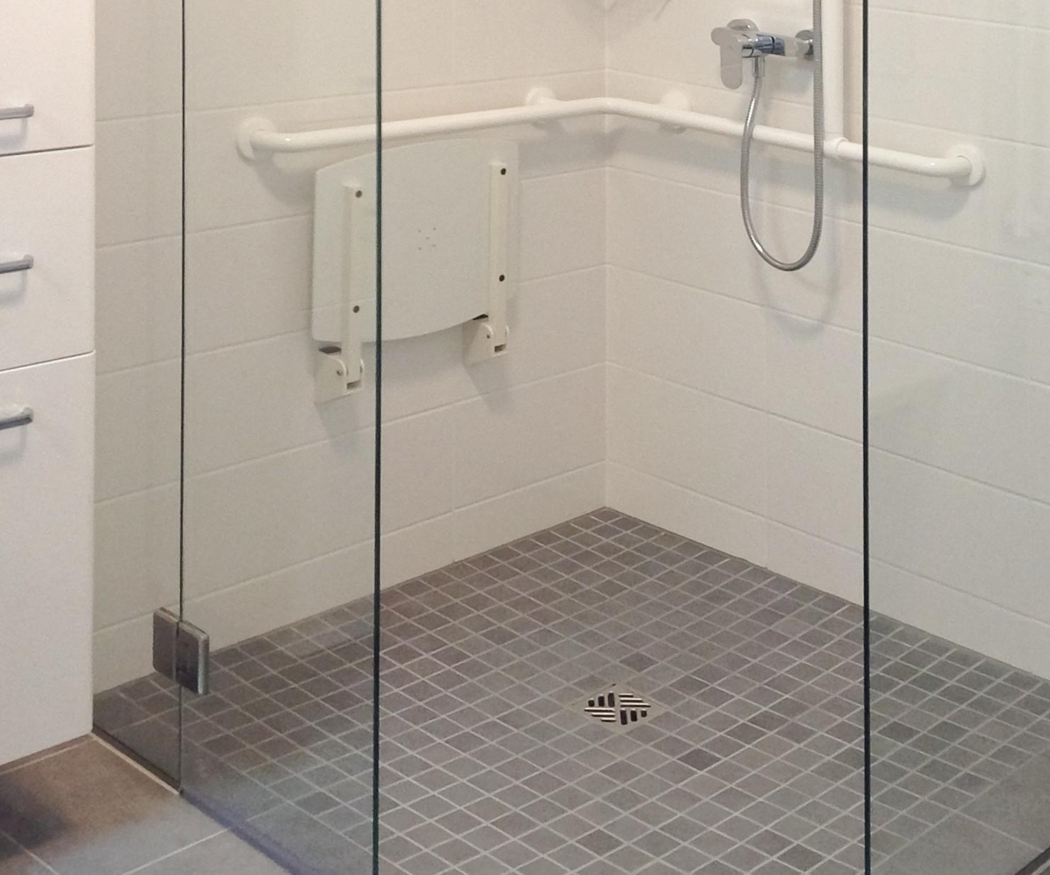 Full Size of Begehbare Dusche Fliesen Bodengleiche Duschen Bei Glasprofi24 Kaufen Badewanne Barrierefreie Fürs Bad Nachträglich Einbauen Bluetooth Lautsprecher Für Dusche Begehbare Dusche Fliesen