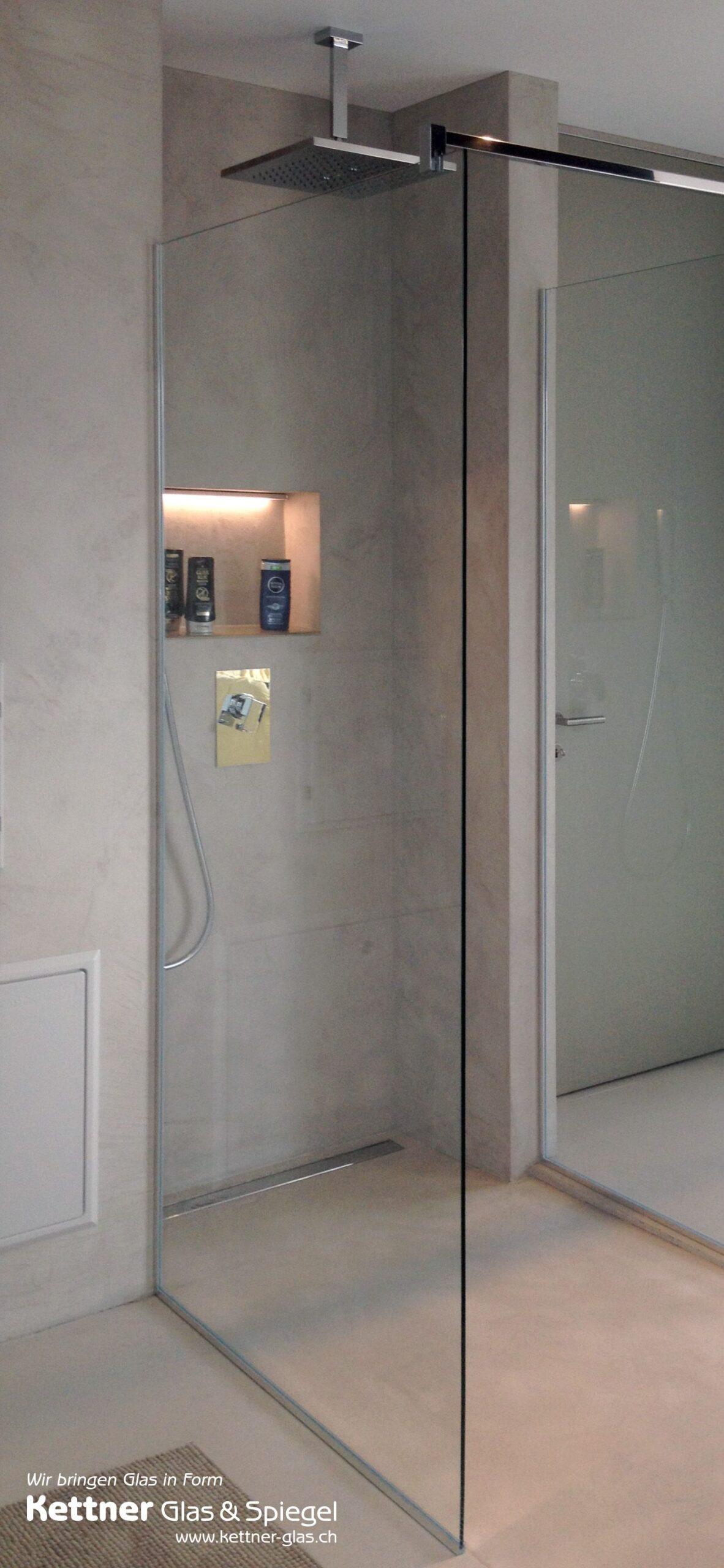 Full Size of Glastrennwand Dusche Glasduschwand Mit Schlichter Moderne Duschen Unterputz Armatur Eckeinstieg Schiebetür Sprinz Begehbare Fliesen Glasabtrennung Badewanne Dusche Glastrennwand Dusche