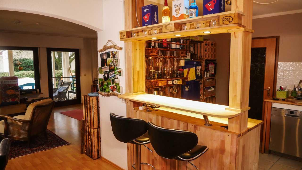 Full Size of Theke Kche Selber Bauen Bar Ikea Fa R Ninsel Büroküche Miniküche Deckenlampe Küche Velux Fenster Einbauen Vinyl Tapeten Für Weiße Rosa Pendelleuchte Wohnzimmer Küche Selber Bauen