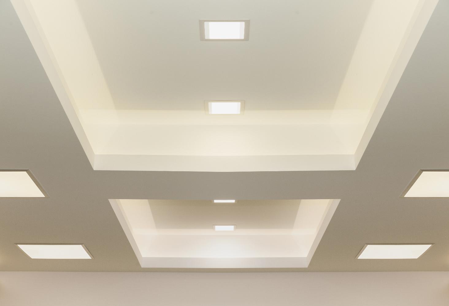 Full Size of Holzlampe Decke Verschiedene Lampenarten Im Vergleich Lampe Magazin Led Deckenleuchte Schlafzimmer Tagesdecke Bett Deckenlampe Badezimmer Wohnzimmer Decken Bad Wohnzimmer Holzlampe Decke