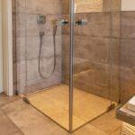 Glastrennwand Dusche Referenz Dachgeschoss Bad Mit Smarthome Elementen Fliesen Behindertengerechte Unterputz Rainshower Bodengleiche Abfluss Antirutschmatte Dusche Glastrennwand Dusche