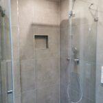 Begehbare Dusche Badsanierung Stuttgart Feuerbach Hüppe Duschen Kaufen Bodengleiche Breuer Ohne Tür Sprinz Schulte Hsk Fliesen Werksverkauf Moderne Dusche Begehbare Duschen