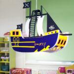 Piraten Kinderzimmer Kinderzimmer Piraten Kinderzimmer Hngeleuchte Deckenleuchte Beleuchtung Schiff Regale Regal Weiß Sofa