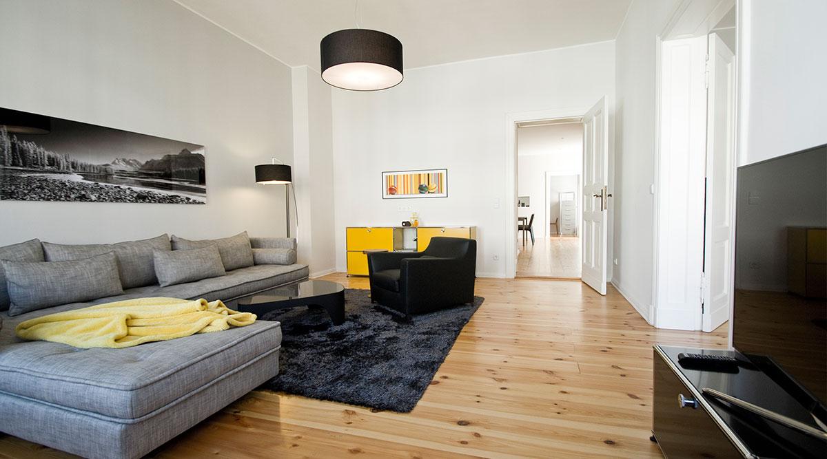 Full Size of Wohnzimmer Modern Einrichtungsideen Berliner Altbau Dh Raumdesign Stehlampe Deckenleuchte Lampe Hängeschrank Weiß Hochglanz Anbauwand Heizkörper Dekoration Wohnzimmer Wohnzimmer Modern