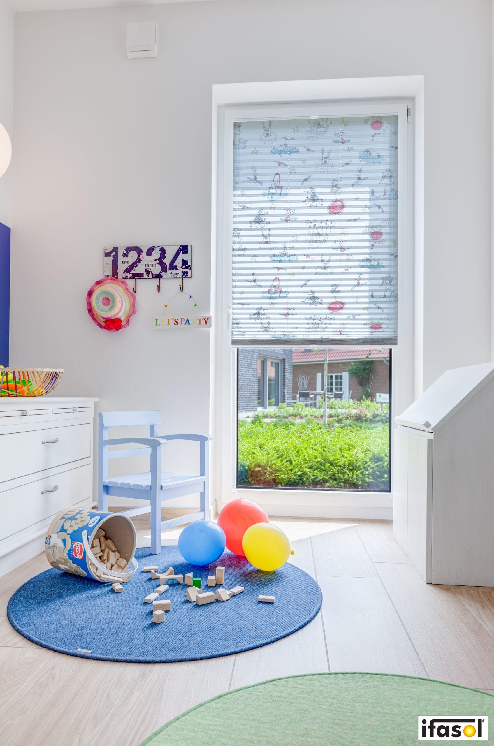 Full Size of Plissee Kinderzimmer Fr Ihr Schlafzimmer Ttl Ttm Regal Sofa Regale Fenster Weiß Kinderzimmer Plissee Kinderzimmer