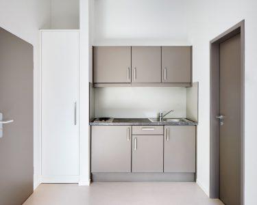 Mini Küchenzeile Wohnzimmer Miniküche Mit Kühlschrank Stengel Bett Minimalistisch Ikea Mini Küche Aluminium Fenster Minion Pool Garten Verbundplatte