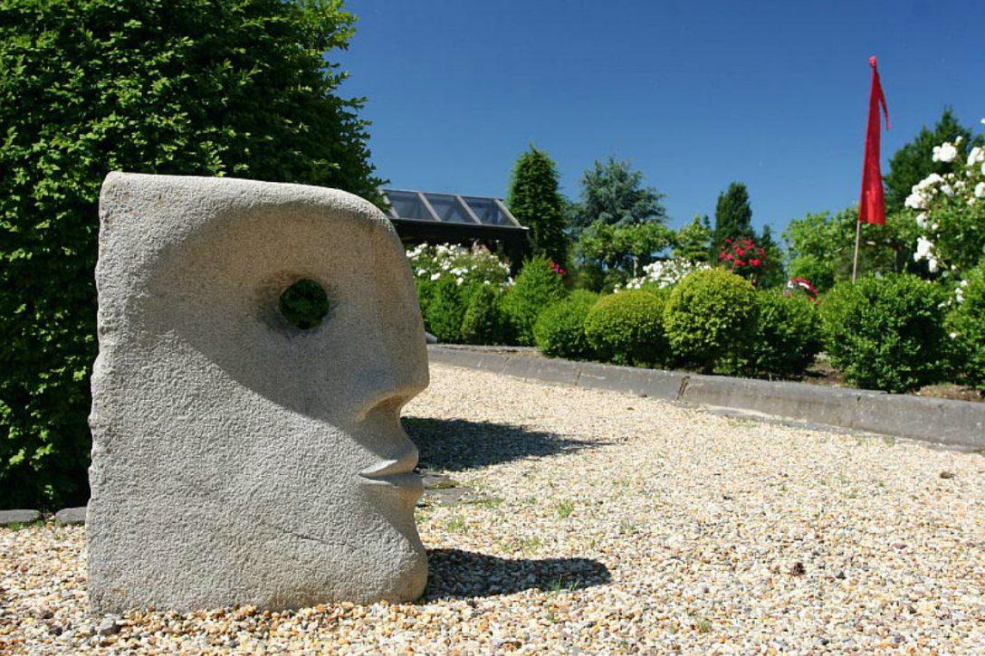 Large Size of Skulpturen Für Den Garten Events Baumschule Hfkes Lounge Möbel Bodengleiche Dusche Fliesen Pavillion Kopfteil Bett Teppich Küche Pool Guenstig Kaufen Wohnzimmer Skulpturen Für Den Garten