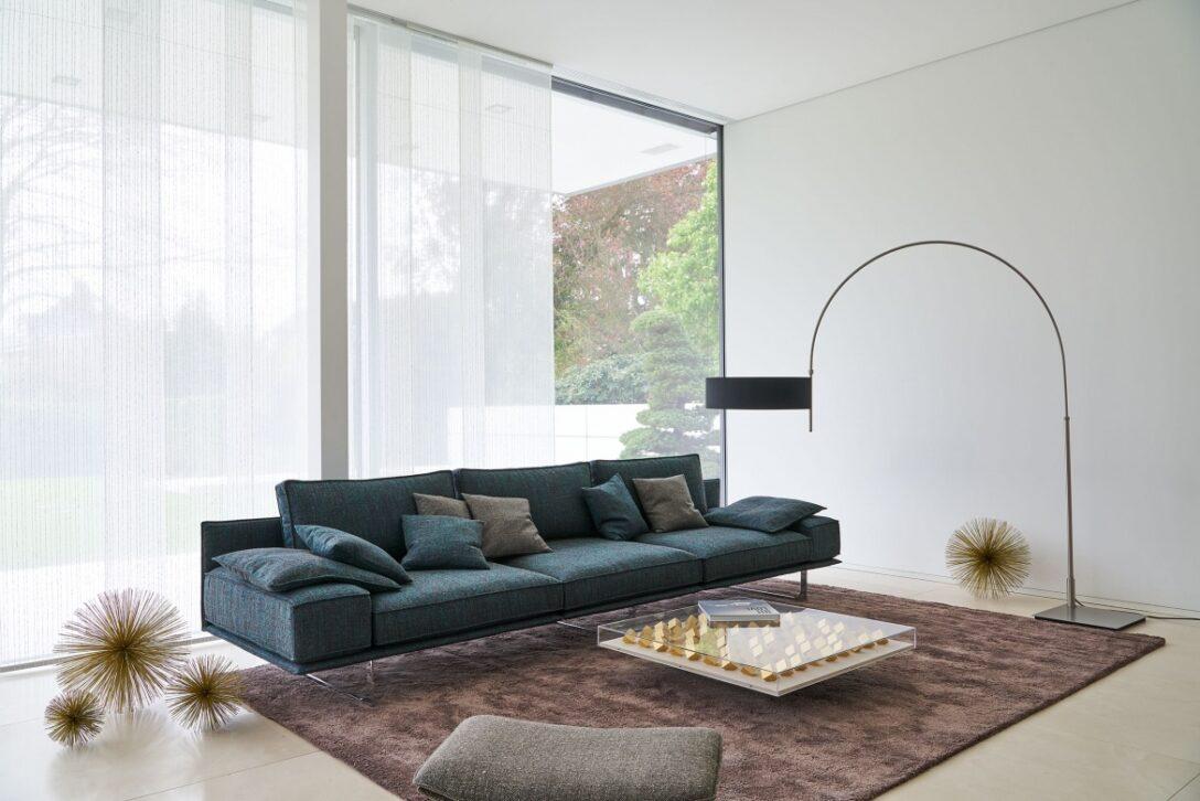 Large Size of Wohnzimmer Modern Eggers Einrichten Led Deckenleuchte Küche Holz Fototapeten Sideboard Vorhänge Hängelampe Stehlampen Tapete Deckenlampen Beleuchtung Wohnzimmer Wohnzimmer Modern