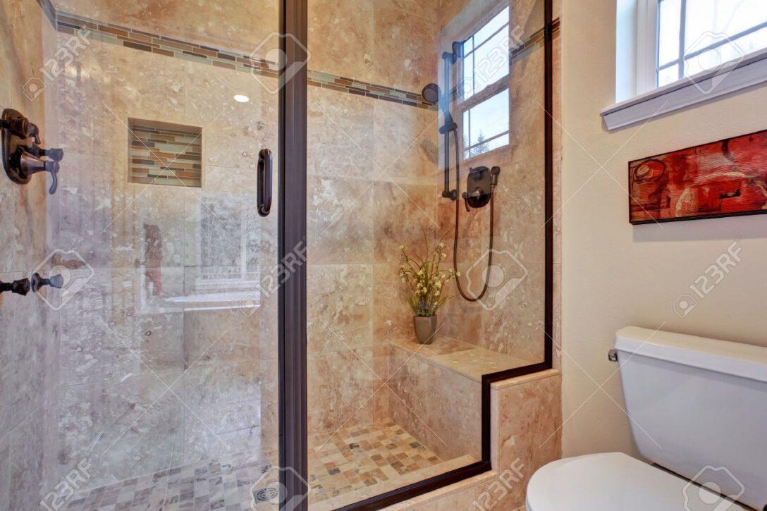 Large Size of Hüppe Dusche Walkin Duschen Kaufen Breuer Ebenerdige Kosten Antirutschmatte Nachträglich Einbauen Barrierefreie Begehbare Grohe Hängeschrank Küche Dusche Glastür Dusche