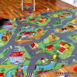 Teppichboden Kinderzimmer Kinderzimmer Teppichboden Kinderzimmer Amazonde Snapstyle Spiel Teppich Little Village Grn In Regale Regal Sofa Weiß
